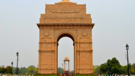 The India Gate : The biggest war memorials of India.
