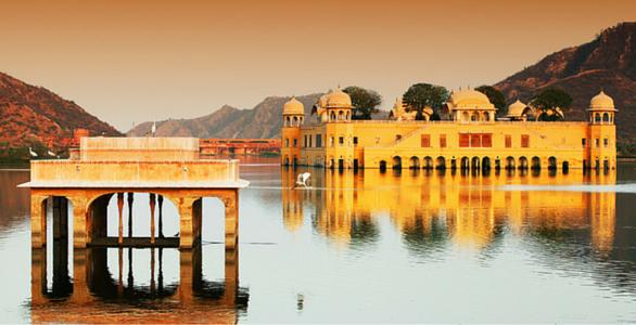 Jal Mahal : A Beautiful Palace in a Lake