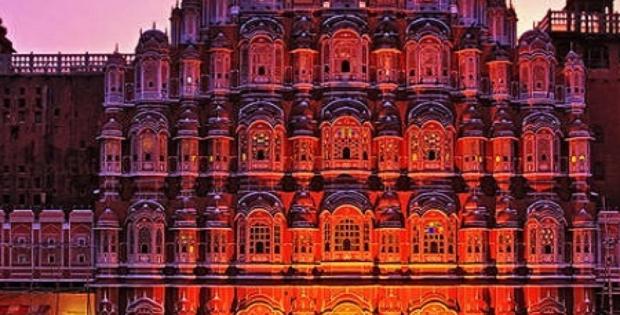 Interesting Facts About Hawa Mahal Jaipur Rajasthan.