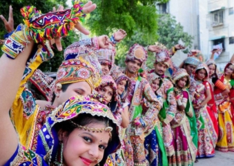 Gujarat – A home of Dhokla, khakra and Garba